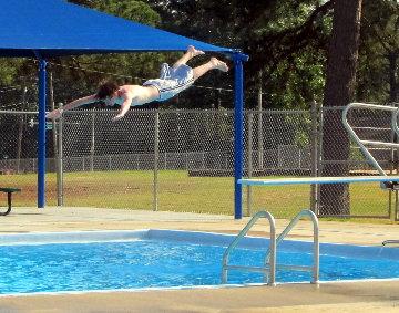 pool dive