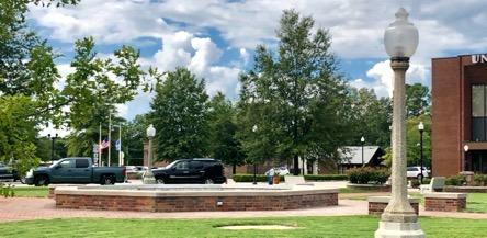 Town square dead fountain